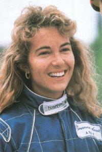 Джованна Амати итальянка, в 1992 году приняла участие в трех гран-при Ф1. Пятая женщина в Ф1.