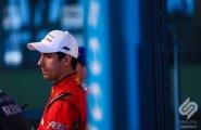 Берлин 2015, ePrix8. Лукас ди Грасси на перед интервью с победителями
