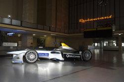 Аэропорт Темпельхоф – гоночная трасса Формулы Е в Берлине