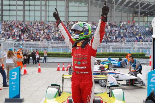 Лукас ди Грасси - победитель первой гонки Формулы Е в Пекине