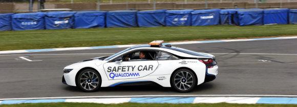 Машина безопасности Формулы Е - BMW i8