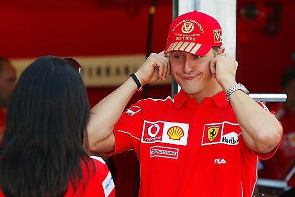 Гонки должны быть забавными. Гонщики - весёлыми. Михаэль Шумахер полностью согласен с этим!