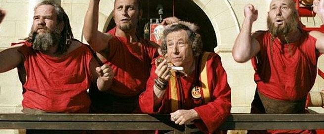 А ещё Жан Тодт играл самого себя в одном из фильмов про Астерикса. Вместе с Шумахером, кстати. Эти первые лица Ferrari выполняли роли великого немецкого погонщика колесниц Шумикса и руководителя его команды - да, это сам Тодт!